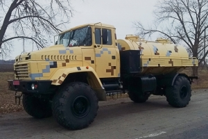 """AutoKrAZ"" Adds the КrАZ-5233ВЕ Tank Truck to its Line-up of Military Vehicles"