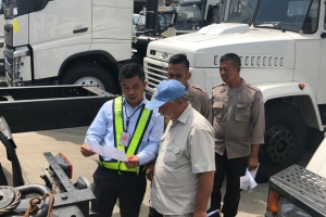 Acceptance of KrAZ Trucks by UN Officers