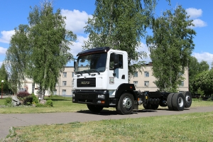 Agrarians choose AutoKrAZ: The chassis KrAZ-6511H2 was shipped for installation of cistern AC-12.