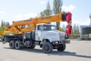 """KrAZ"" Delivers 32 tonne КС-55729 Truck-Mounted Crane to Customer"