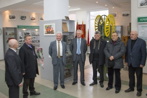 Another KrAZ Worker Gets Congratulations on Occasion of his 80th Anniversary